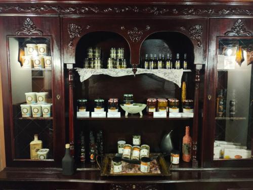 Παραδοσιακά Προϊόντα στην είσοδο της Δροσοσταλιάς
